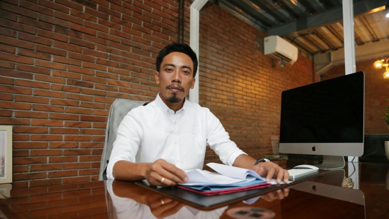 Wagub Bali Terima Bantuan dari Dewa Gede Adiputra untuk Diteruskan ke Pekerja Pariwisata